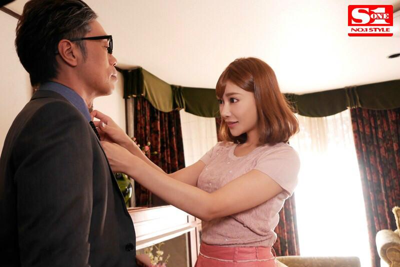 【蜗牛娱乐】SNIS-166: 巨乳妻子花绮罗在熟睡的丈夫旁边被公公强奸!