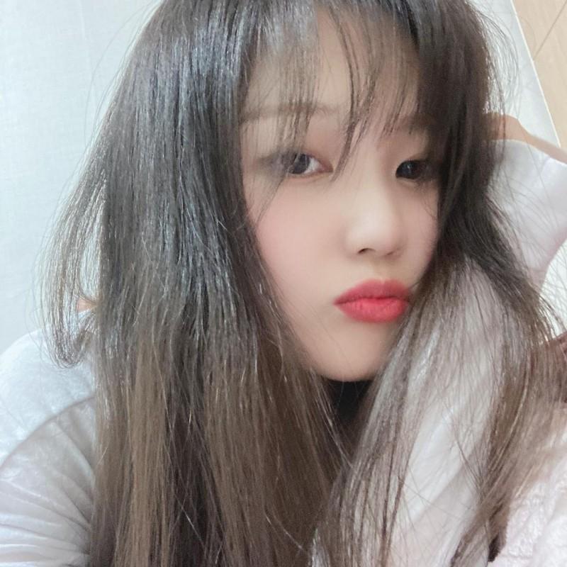 韩国清纯妹《SIA》清纯可爱散发诱人香气!