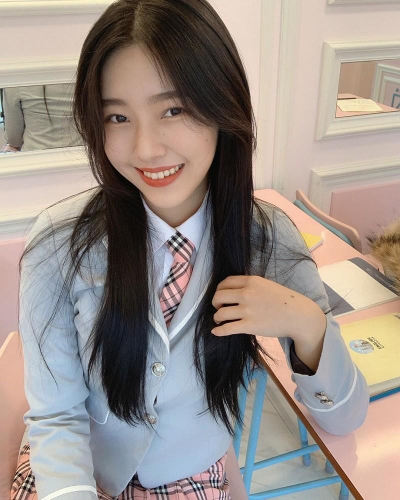 天菜瑜伽老师「정현아」优美身段呈现完美S型开朗自信「甜美笑容」散发满满阳光魅力