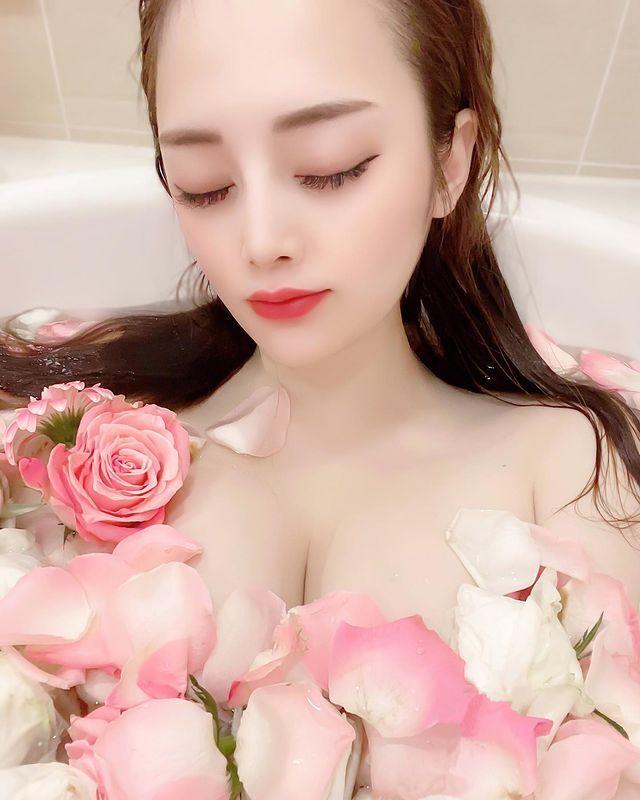 美女设计师《本多胡桃》清凉入浴!大方露飘浓浓香!