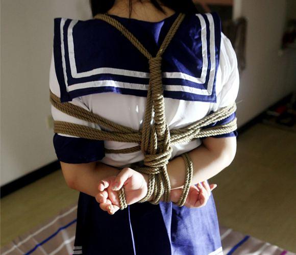 【蜗牛娱乐】蒋家小娘子np文 24厘米盘龙武警巨柱