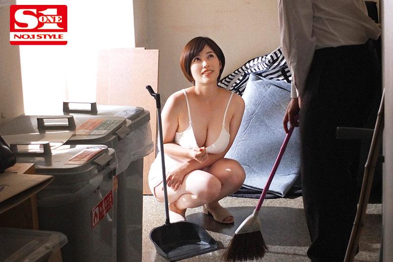 【蜗牛娱乐】奥田咲SSNI-928 白皙H奶巨乳征服5个男人
