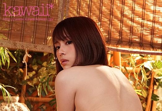 【蜗牛娱乐】伊藤舞雪CAWD-030 学妹主动约暗恋自己的学长泡温泉
